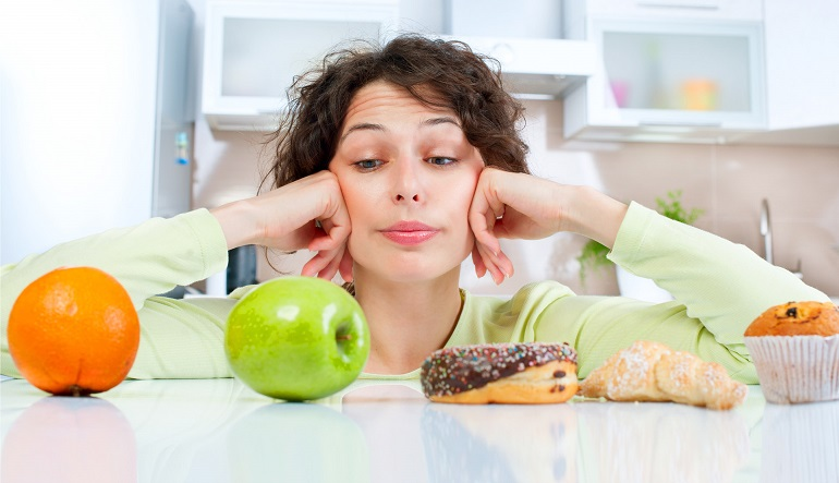 Żeby schudnąć, trzeba jeść... SŁODYCZE! (Tylko wtedy dieta będzie naprawdę skuteczna!)